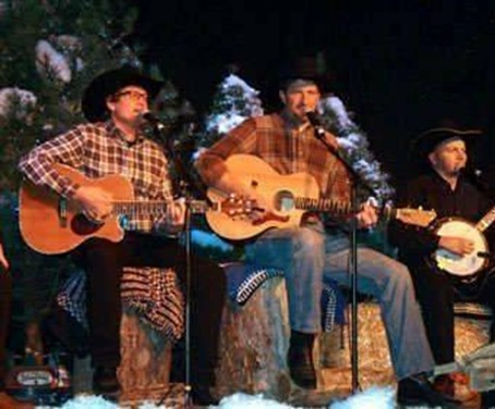 Christmas on the Trail Chuckwagon Dinner Show!