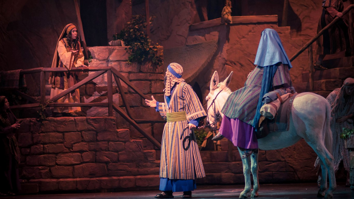 Miracle of Christmas at Sight & Sound Theatres