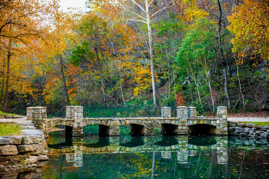 dogwood-canyon-bridge