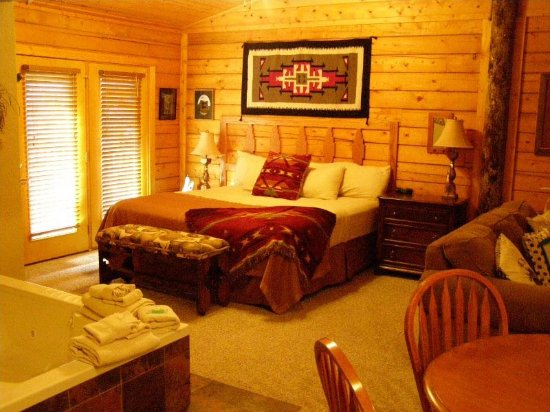 log cabins in Branson